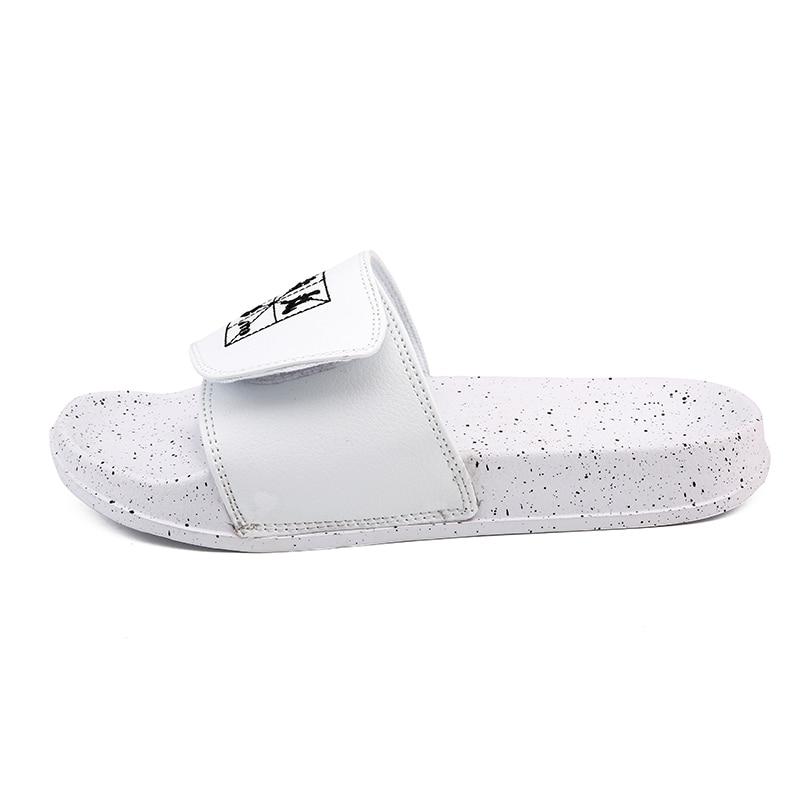 Мужские шлепанцы; Летняя обувь на плоской подошве; коллекция года; Летняя мужская обувь; дышащие пляжные шлепанцы на танкетке; цвет черный, белый; Вьетнамки; мужские брендовые шлепанцы без задника - Цвет: Белый