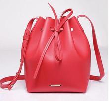 ผู้หญิงกระเป๋าสะพายที่มีชื่อเสียงแบรนด์มินิถังถังถุงDrawstring C Rossbody Messengerของกระเป๋าLogoพิมพ์ด้วยกระเป๋าขนาดเล็ก
