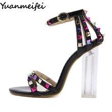 Yuanmeifei женщин Кристалл Прозрачный на высоком блочном толстом Сандалии на каблуке Туфли-лодочки свадебные туфли женские босоножки-гладиаторы с заклепками в стиле панк сандалии