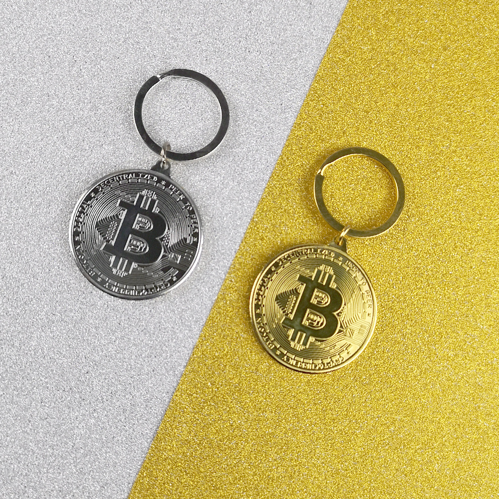 1pcs 2019 New Trendy Alloy Bitcoin Keychain Silver Gold Rose Gold Vintage Stye Commemorative Coins Key Pendant Chain Gift in Key Chains from Jewelry Accessories