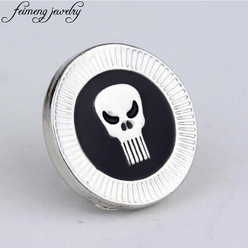 Classic Game Punisher Badge Brooch Skull Head Skeleton Black Enamel Metal Brooches For Women And Men Fashion Jewelry Accessories