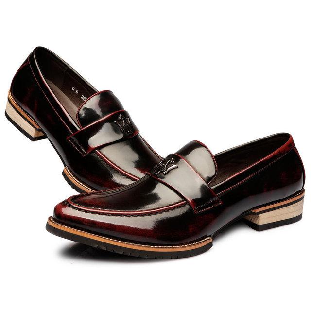 2017 Verano Hombres Resbalón-en los Zapatos de Vestir Elegantes Masculinos Zapatos Oxfords Negocio Sapatos Masculino Formal de La Boda