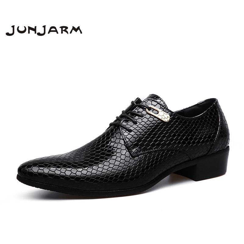 JUNJARM 2017 Marque Formelle Hommes Robe Chaussures Microfibre Oxford Hommes D'affaires Chaussures Classique Bureau De Mariage Mens Appartements Grande Taille 38-47