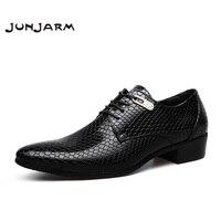 JUNJARM 2017 Brand Formal Men Dress Shoes Microfiber Oxfords Men Business Shoes Classic Office Wedding Mens