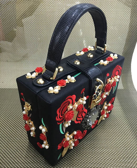 3c644b23d1 Fashion heart diamond pearl rose embroidery designer party purse ladies  shoulder bag Clutch Evening bag Mini