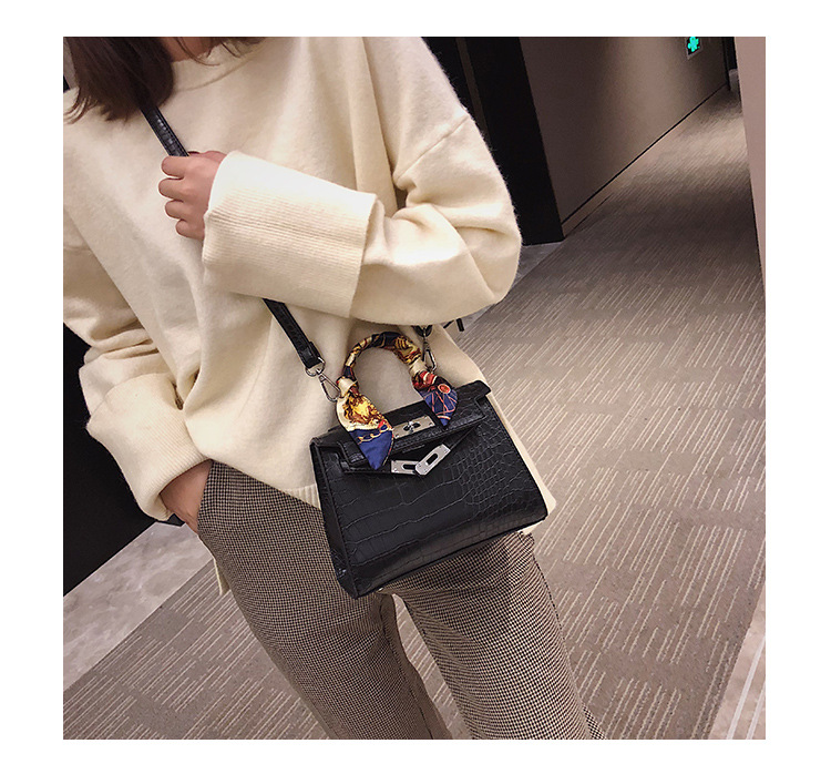 2019 New Women Leather Bag trend stone pattern buckle Shoulder Bags Casual Tote Simple Top handle