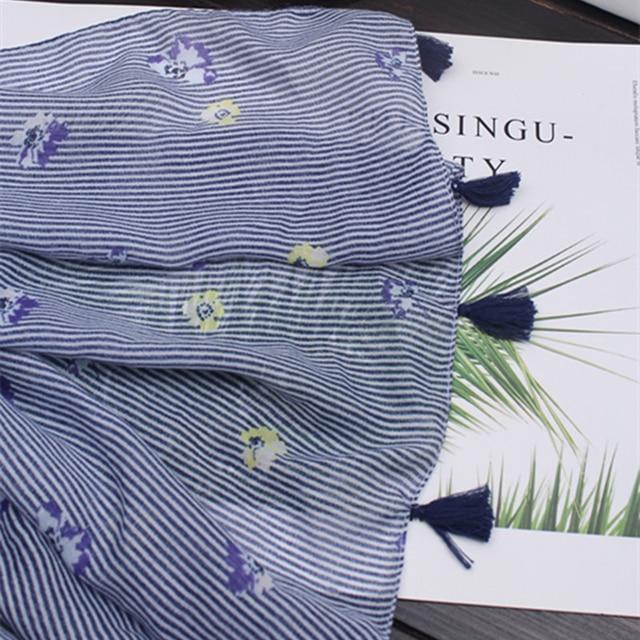 مارتي و joven الفاخرة الأزرق مخطط الربيع الخريف الدافئة وشاح شالات للنساء أنيقة الأزهار طباعة الشرابة الطويلة والأوشحة السيدات الحجاب