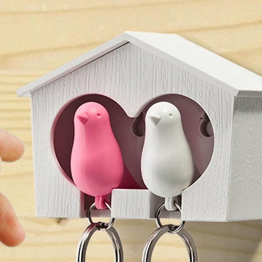Venta caliente par de parejas Sparrow Bird casa nido silbato llavero estante anillo gancho estante-Casa Blanca/negra (pájaro al azar) Dispensador de rollo de papel higiénico de acero inoxidable soporte de papel de baño estante de almacenamiento para teléfono móvil