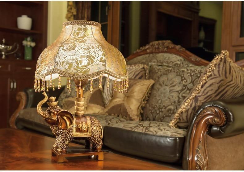 Luxe oude nachtkastje lamp woonkamer slaapkamer decoratie bureau