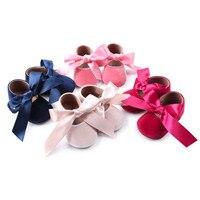 Бархатная обувь принцессы для маленьких девочек; модная обувь для малышей с бантом; бархатная детская обувь; нескользящая обувь; HOOLER
