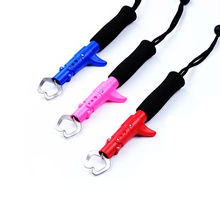 Solid Plastic Floating Fish Grip Hand Controller Holder 3color Blue Pink Red Fishing Lip Gripper Pliers Fishing Tools Tackle