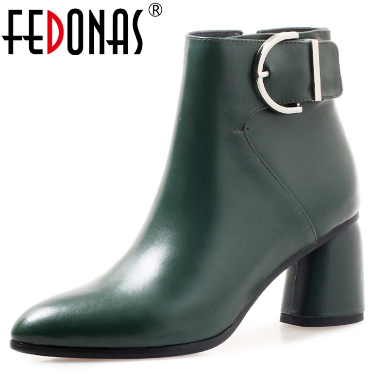 FEDONAS Women Ankle Boots High Quality Genuine Leather Short Plush Inside Booties Warm Snow Shoes Woman Buckles Office Pumps england new style genuine leather women short boots metal buckles flats dress shoes woman gladiator brand warm fur rain booties