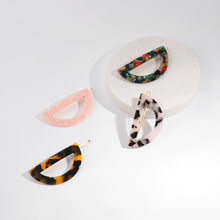 Acrylic Semicircle Colorful Leopard Acetic Acid Hair Clip Geometric Round Hairpin Women Hair Acccessories Women Japanese(China)