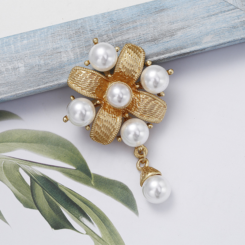 Young Tulip Baroque Creative Pearl Geometry Brooches For Women Fashion Corsage Pin Wedding Accessories Lady Jewelry 2018 New