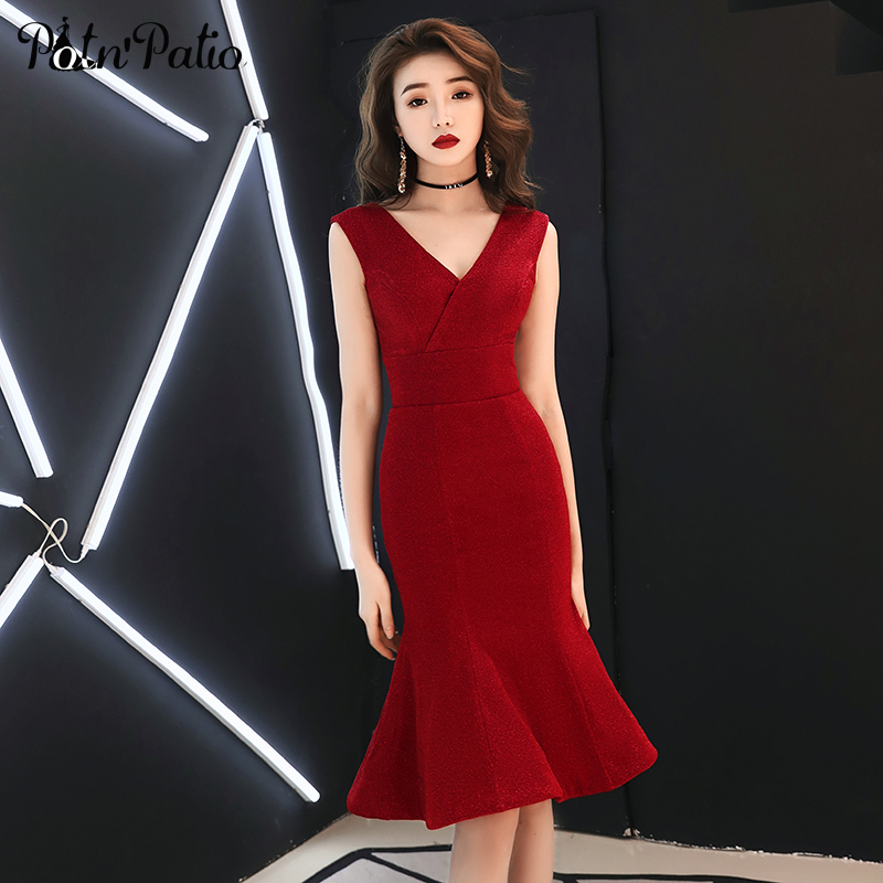 Sexy V-neck Shoulder Straps Sleeveless Short Mermaid Prom   Dresses   2019 Summer Red   Cocktail     Dress