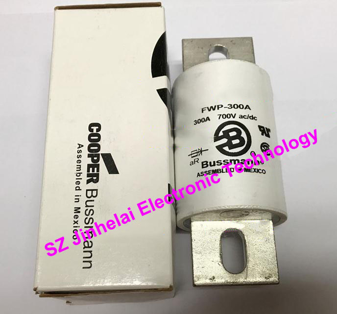цена на 100% New and original FWP-300A BUSSMANN FUSE 300A 700V