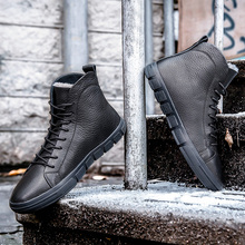 Winter Men Boots Chelsea Snow Timber Shoes Brands Casual Leather Cowboy Italians Designers Suede Autumnss Ankles Designer Mens
