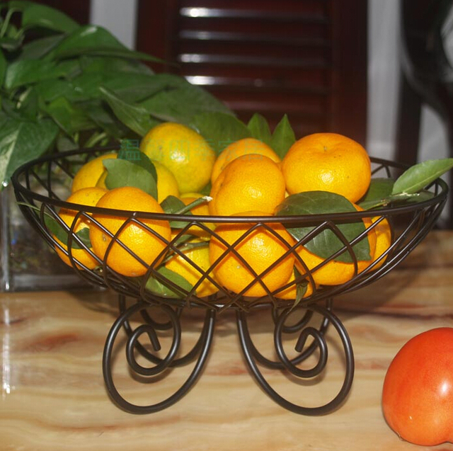 Wrought Iron Fruit Basket European Basin Fashion Creative Bowl Of Candy Plate