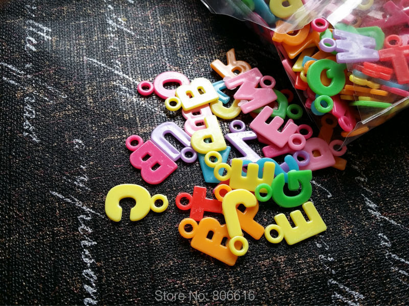 20MM 500Pcs/lot Mix Color Alphabet Style Plastic Acrylic Beads Jewelry Charms image