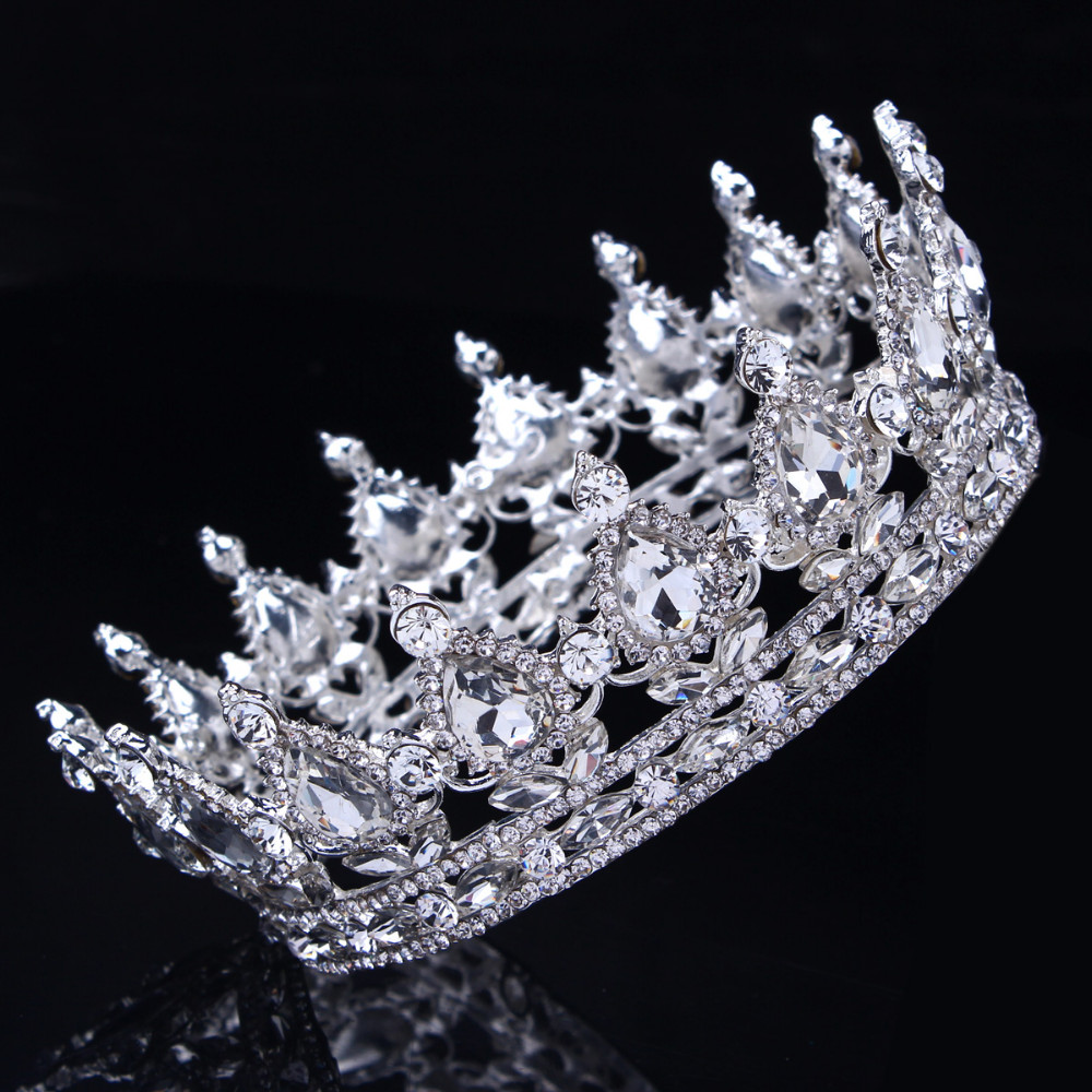 Hot European Designs Vintage Peacock Crystal Tiara Wedding Crown Bridal  Tiara Accessories Rhinestone Tiaras Crowns Pageant-in Hair Jewelry from  Jewelry ... 64b208afb4c1