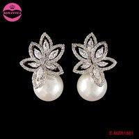 2017 Hot Sale Flower Pearl Stud Earings Women