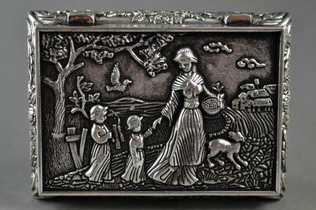 Elaborate Chinese Village Flower Mother And Children Auspicious Jewel Box
