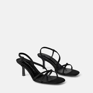 Image 1 - Nova palavra de verão com sandálias femininas selvagem simples camurça com dedo aberto grosso com sapatos de maré de mulheres.