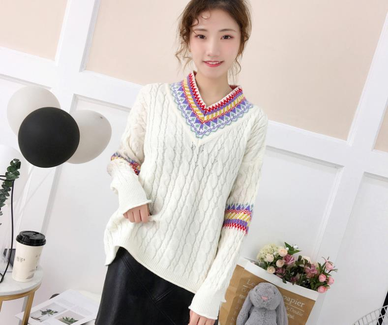 2018 autumn and winter women's boho V neck pullover