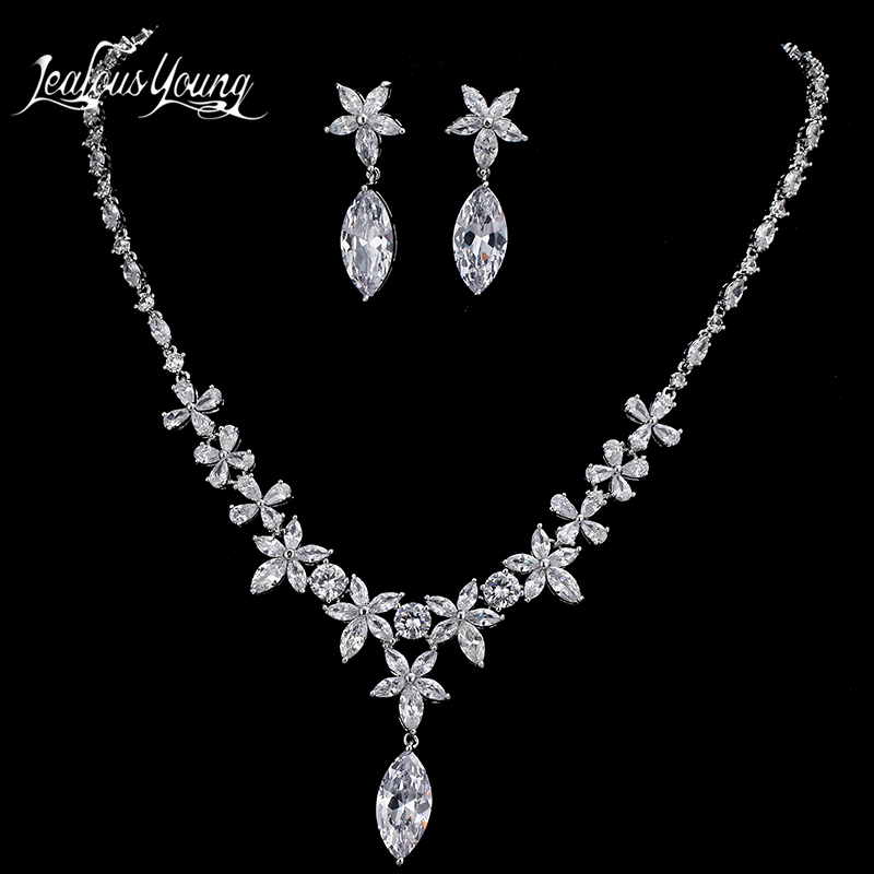2017 Top Quality AAA Water Drop Cubic Zirconia Jewelry Sets For Women White Gold Color Weddings Jewelry Set Best Gift Set AS056