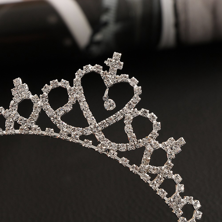 HTB1vypcPVXXXXbWXpXXq6xXFXXXd Cute Heart Princess Rhinestone Headband Crown Tiara For Girls