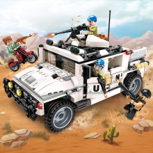 все цены на 3205 452pcs Peacekeeping Force Thunder Mission Hummer Counterattach Building Blocks Kids Toys For Children Legoings Military онлайн