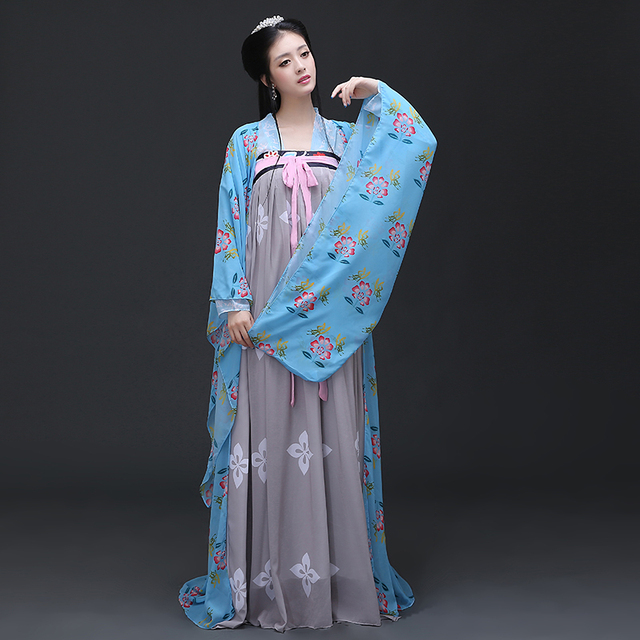 ba6121ff3 Ancient Han Dynasty Traditional QuJu Hanfu Costume for Women with Tailing  Empress Princess Costume Bridesmaid Costume