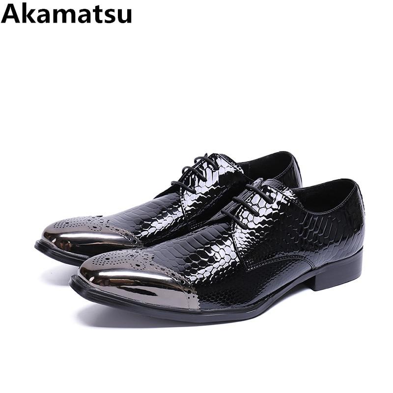 цена на Top quality classic mens patent leather black shoes steel toe business brogues crocodile skin elegant prom formal wedding shoes