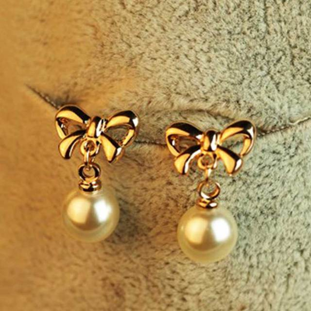 FAMSHIN Fashion Simulated Pearl Stud Earring Bow Pearl Earrings Accessories  Pearl Bow Jewelry Gifts 2018 New