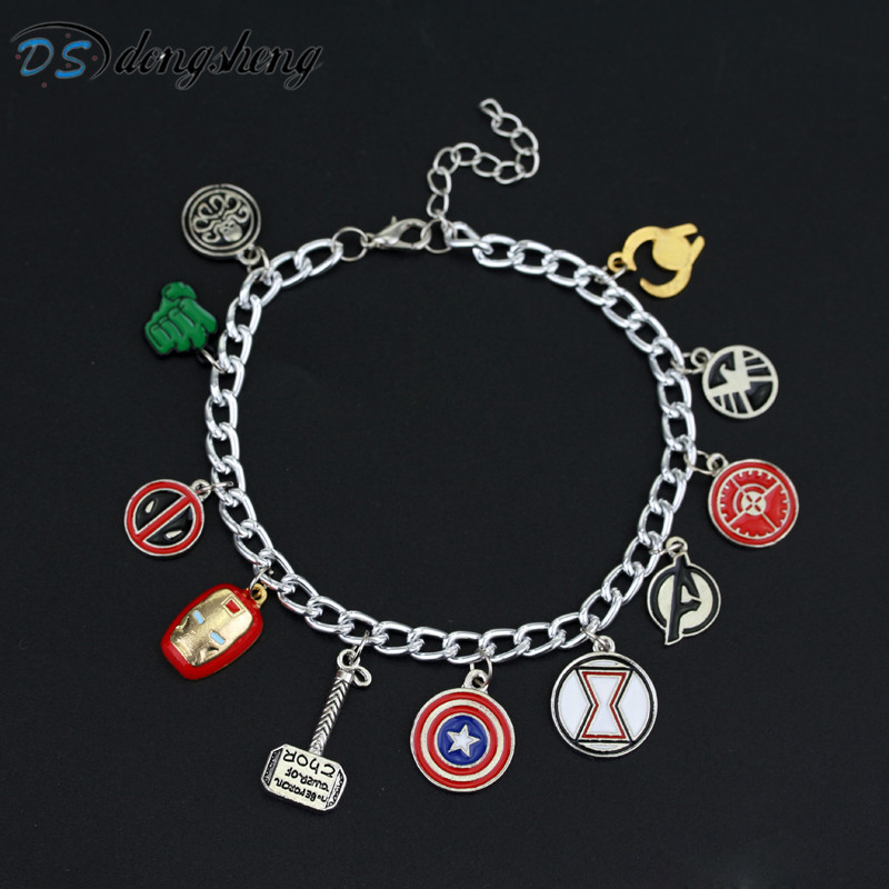 dongshengSuperhero Marvel Avengers Esmalte Logo Capitán América Iron Man Deadpool Shield Wonder Women Charm Bracelet for Women-25