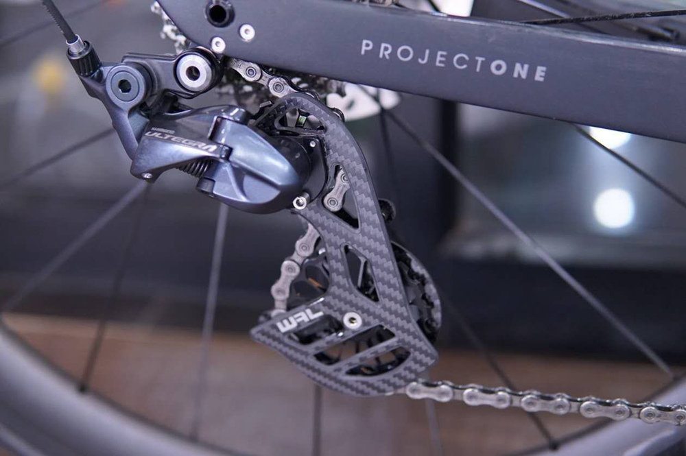 Image 3 - Road Bicycle 17T Bike Carbon Fiber Ceramic Rear Derailleur Pulley for Shimano 6800 R7000/R8000/R9100/R9000 Cycling Accessories-in Bicycle Derailleur from Sports & Entertainment