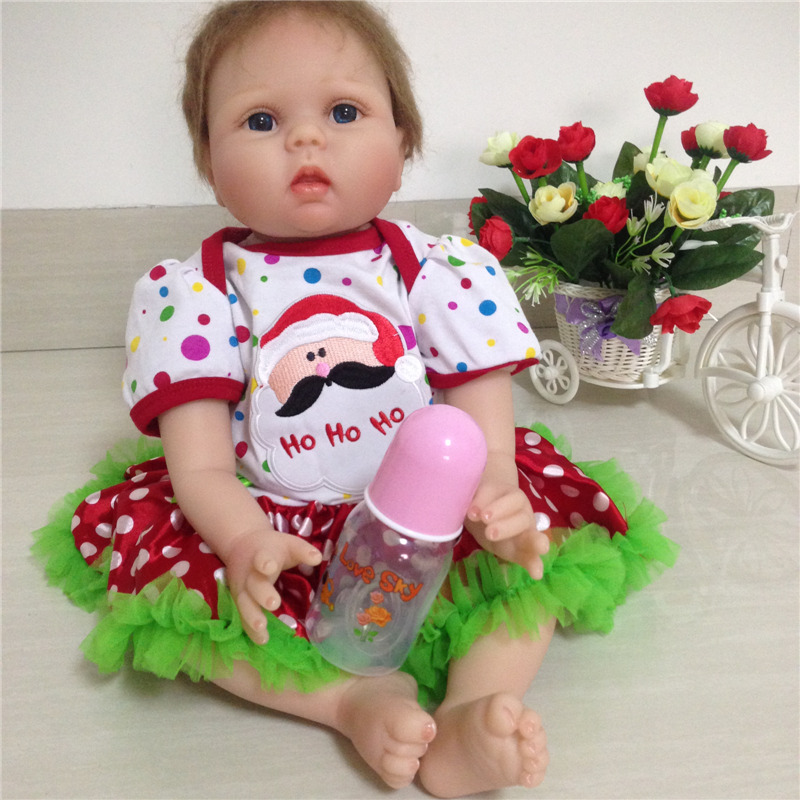 Wholesale Hot Style 55cm 22inch Reborn-Dolls With Unique Design Christmas Clothes Hot Welcome Gift For Children As Bedtime Toys