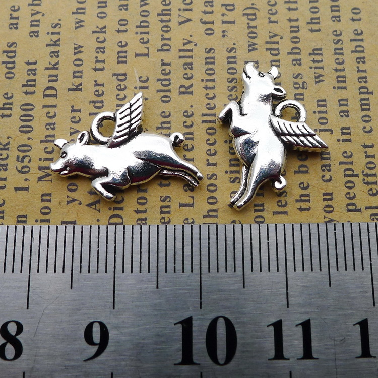 10pcs Exquisite Wing Pig Charms Pendants DIY Handmade Jewelry Necklace Supplies