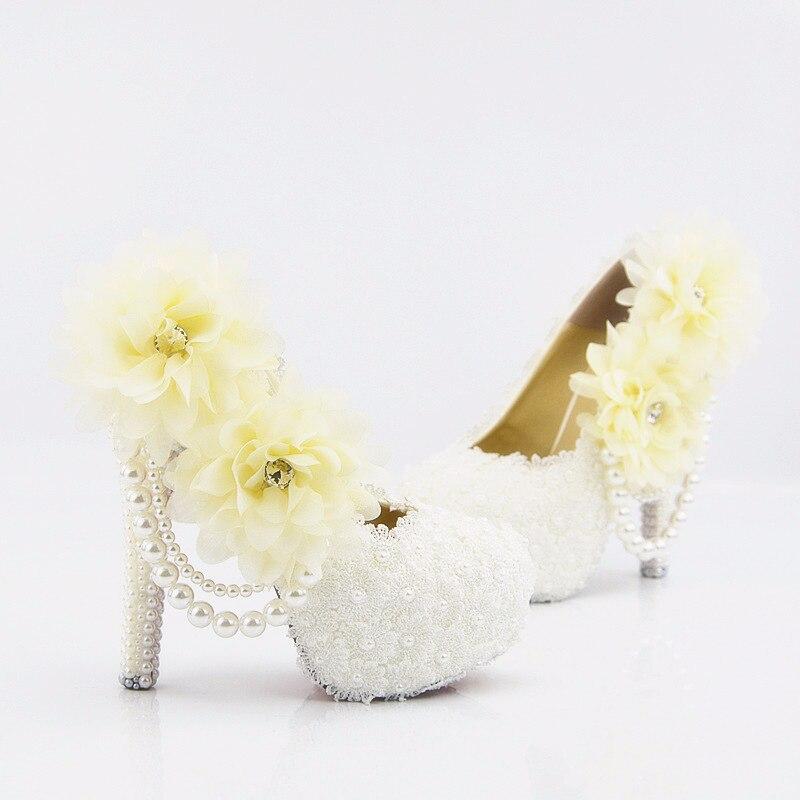 Donne di estate pizzo bianco gioielli tavolo impermeabile scarpe tacco alto pompe femminile filo della perla di cerimonia nuziale floreale - 5