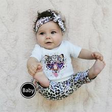 Комплект одежды для новорожденных девочек, футболка с коротким рукавом и животным принтом, брюки с леопардовым принтом и повязка на голову, ...