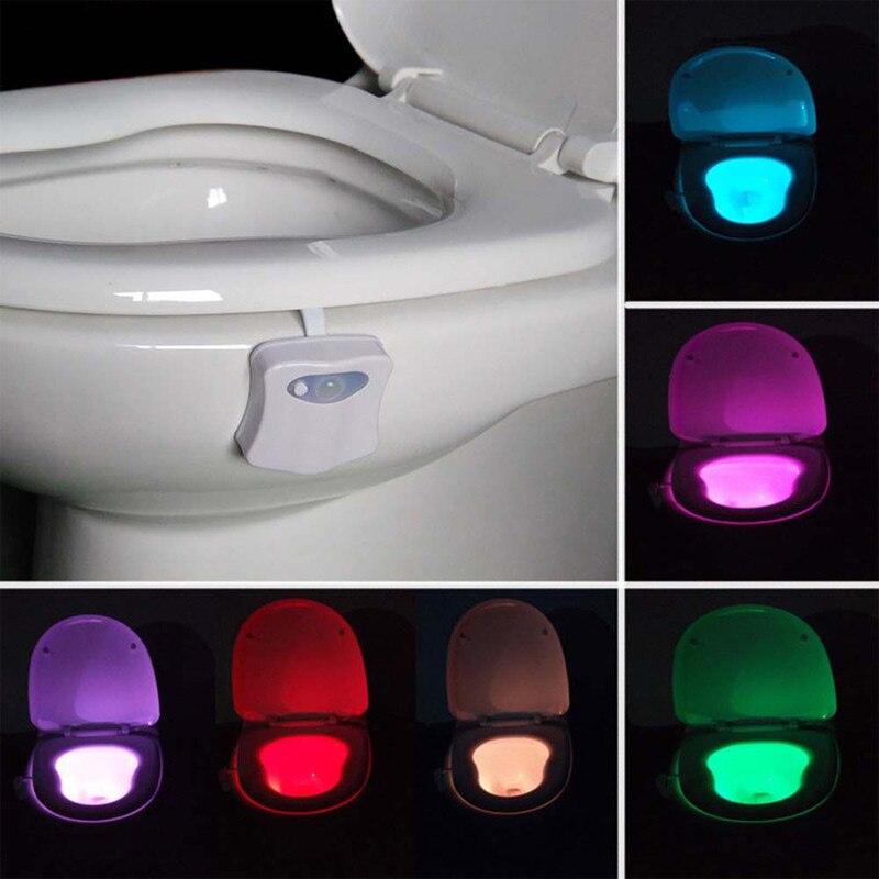Luz Nocturna inteligente led WC closestool movimiento del cuerpo asiento activado PIR Sensor auto lámpara activada pedestal inodoro 8 colores