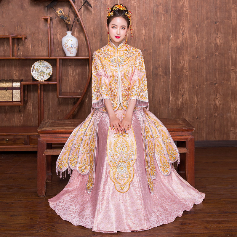 Traditional Wedding Gowns With Long Sleeves: Bride Cheongsam Gown Traditional Long Sleeve Chinese