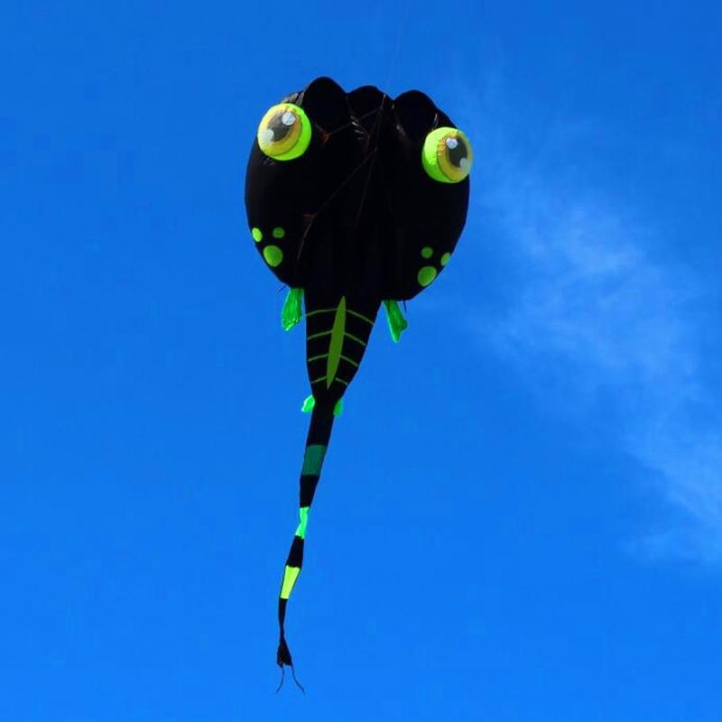 Livraison gratuite de haute qualité 8 mètres carrés noir têtard cerfs-volants doux kite ripstop nylon tissu kite poulpe cerf-volant usine