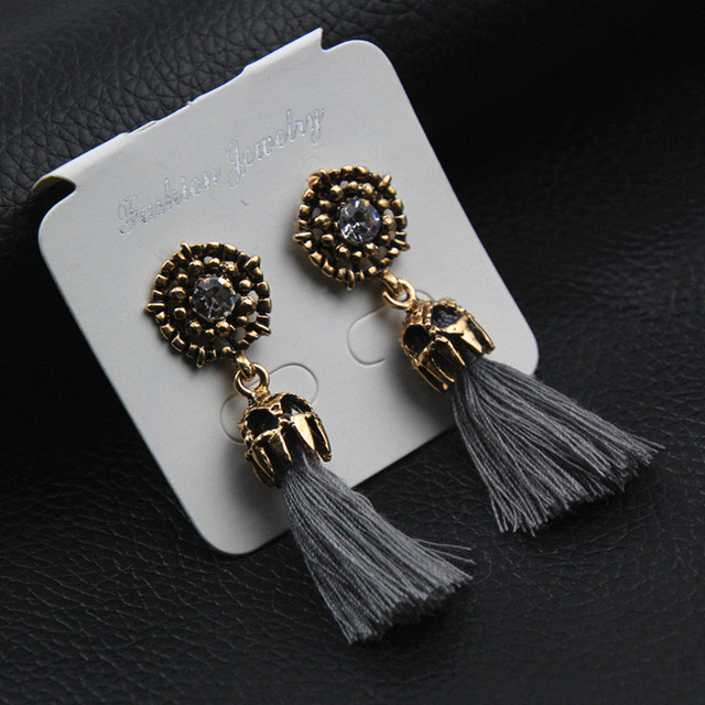 E0187 Vintage Crystal Earring Exquisite Handmade Red Black Gray Tassel Earring For Women Fashion Wedding Party Jewelry Wholesale 2