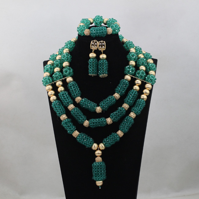2017 Green Nigerian Accessories Wedding Beads Crystal Necklaces Bracelet Earring Set African Bridal Costume Free ShippingABL9602017 Green Nigerian Accessories Wedding Beads Crystal Necklaces Bracelet Earring Set African Bridal Costume Free ShippingABL960