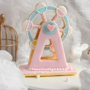 Image 2 - 3 قطعة خبز دُولابٌ دَوّار على شكل كعكة أدوات البلاستيك فندان قالب بسكويت قالب خبز قاطعة البسكوت أدوات المطبخ