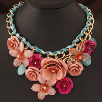 Collares 2015 Fashion Acrylic Flower Bib Statement Necklace For Women Vintage Choker Necklaces Maxi Collier Colar