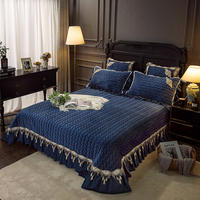 Premium Quality Solid Color Fancy Flannel Bedspread Ultra Soft Winter Bed Blanket Luxury Lace Edge Bedspread Comforter King Size