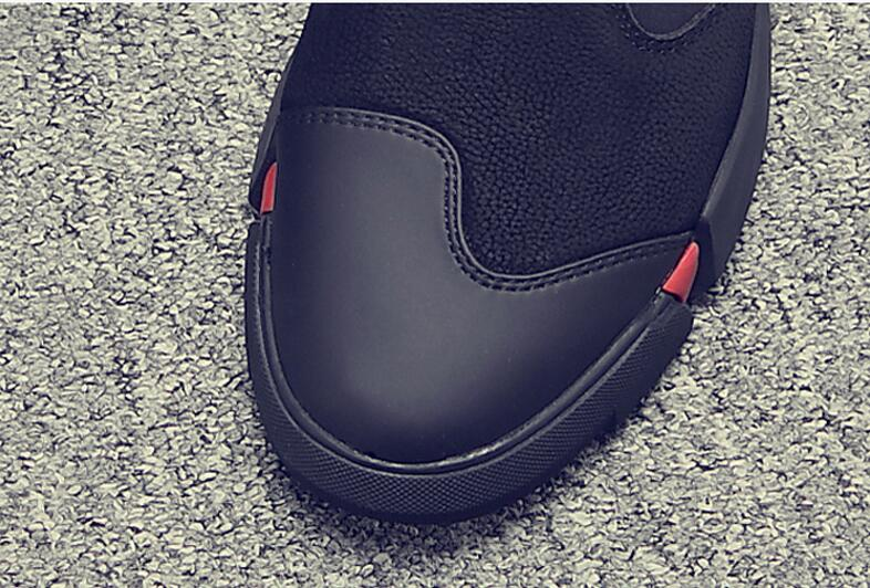 HTB1w.wYKgmTBuNjy1Xbq6yMrVXaT Brand High quality all Black Men's leather casual shoes Fashion Sneakers winter keep warm with fur flats big size 45 46 LG-11