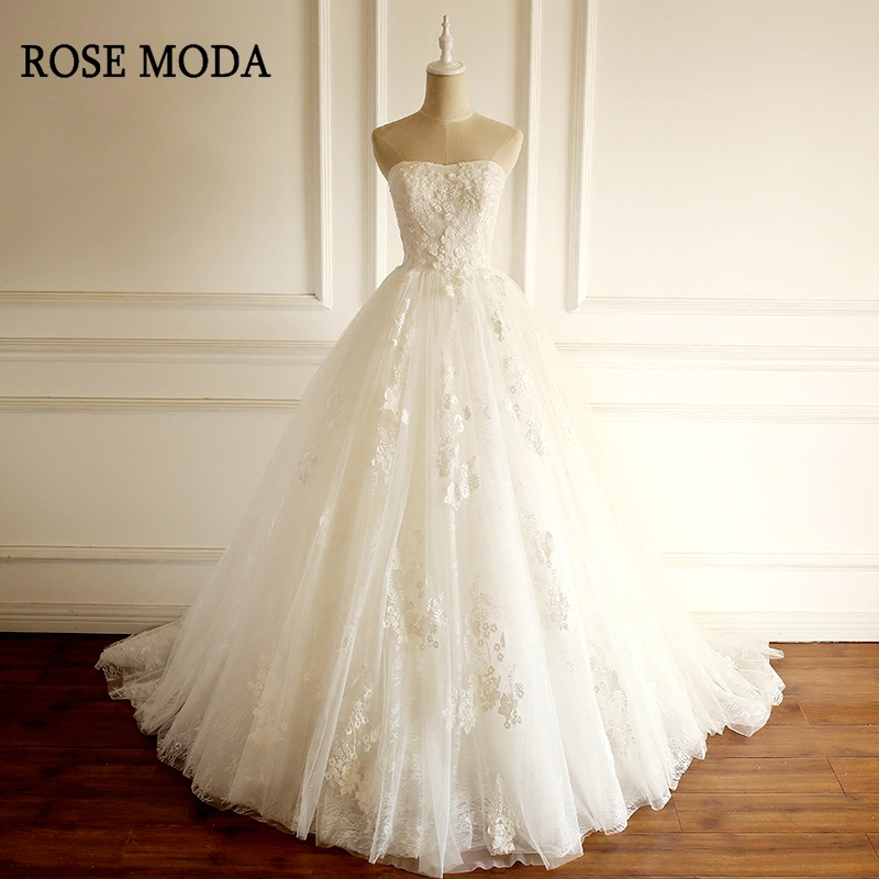 Rose Moda Strapless Chantilly Lace Wedding Dress 2019 Princess Wedding Ball Gown with Train Lace Up